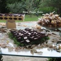 Mesa de doces e chocolates!