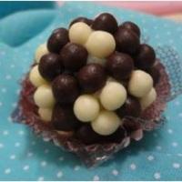 Brigadeiro casadinho massa de Chocolate Branco e Preto.