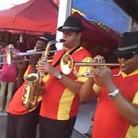 Bandinha de Marchinhas (98809-5434)