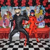 Personagem vivo - Lady Bug e Cat Noir