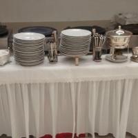 pratos r$0,50 cada,talheres r$0,50,copos r$0,50 cada rechouds r$45,00 cada,toalhas 1,5x1,5 r$6,00 ca
