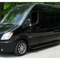 Vans com capacidade para até 15 passageiros