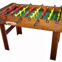 Jogo de Totó 1,37m x 0,78m , Alt.: 0,90m