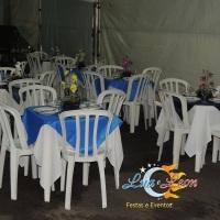 Aluguel de mesas, cadeiras, toalhas, cobre manchas, talheres, pratos, copos