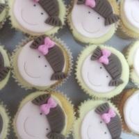 Cup cake bonecas