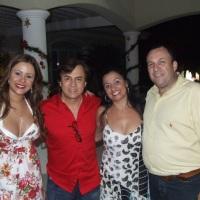 Animando Natal na casa do Chitãozinho - Marcia Alves; Chitãozinho; Patricia Mazeto; Luizão