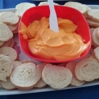 torradinhas com pastinha de cenoura.