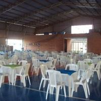 Locação de mesas e cadeiras e toalhas de TNT e TECIDO