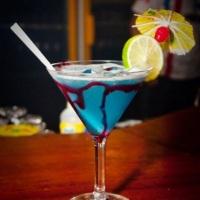 Cocktail exclusivo desenvolvido para reunião entre amigos.