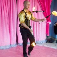 Espetáculo A Magia do Circo: Malabarista