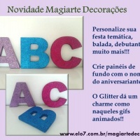 Letras decorativas banhadas em Glitter, acabamento uniforme!