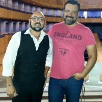 Mágico Dilli com Vagner Lima, apresentador do programa Cenário, da Rede Paulista de TV.