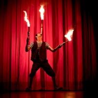 Malabarismo para entretenimento dos seus convidados com ou sem fogo!!!de acordo ao ambiente do event