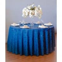 Aluguel de toalha adamascada azul com mesa redonda para 8 pessoas
