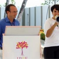 Apresentando as dinâmicas com os funcionários da AVON no Centro de Distribuição no Ceará