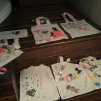 exposição de algumas bolsas customizadas!!