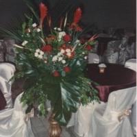 Arranjo de flores em coluna para Igreja
