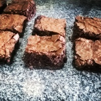 Brownies simples unidade r$3,00.