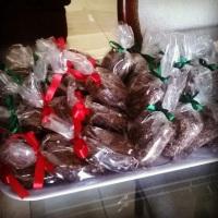 brownies e palhas italianas, embalados encomendas.