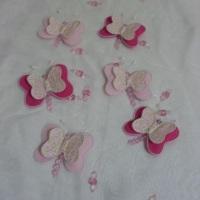 Móbiles de borboleta em tecido