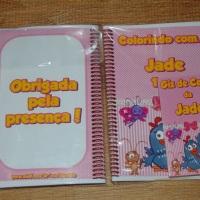 Kit de Livros de Colorir com Giz de Cera Galinha Pintadinha Tamanho: 14x10 cm Com 12 imagens em 6