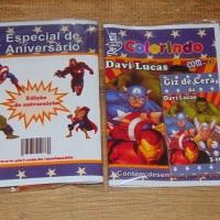 Kit de Livros de Colorir com Giz de Cera Vingadores Tamanho: 14x10 cm Com 12 imagens em 6 páginas