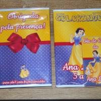 Kit de Livros de Colorir com Giz de Cera Branca de Neve Tamanho: 14x10 cm Com 12 imagens em 6 pági