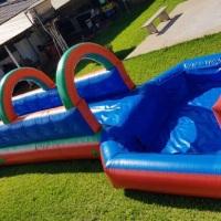 radical slide , brinquedo apropriado para crianças acima de 7 anos , jovens e adultos mede 11 metros