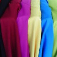 toalhas cobre mancha de diversas cores, toalhas longas brancas