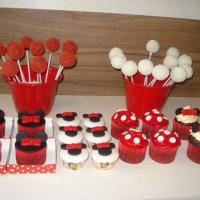 Cupcakes e Pop Cakes
