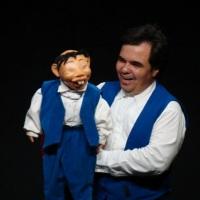 Ventriloquia com boneco fuxico