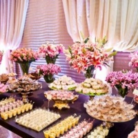 Buffet, doces e salgados