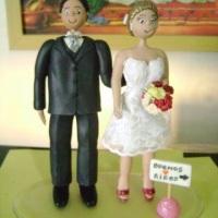 noivinhos topo de bolo à partir de R$ 200,00.