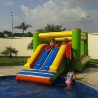 Toboagua Sempre pra alegrar o banho na piscina!!!
