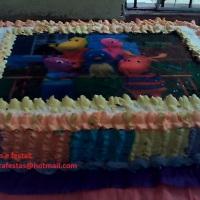 bolo confeitado Recheiado R$25,00 o kg obs: acima de 5 kg incluso papel de arroz