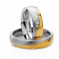 Aliança de casamento em ouro 18 k amarelo e branco com brilhante
