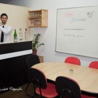 Conheça nossa sala de reuniões, venha degustar nossos drinks sem compromisso.