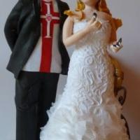 Vascaíno com dominó e vestido com bodado dificil
