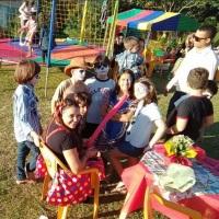 Recreação infantil, pintura artística, maquiagem, escultura de balões, caça ao tesouro, diversas bri
