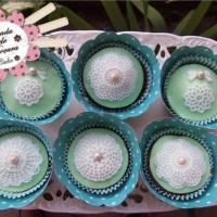 Cupcakes com renda de açúcar
