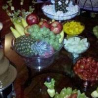 Cascata de Chocolate com Mesa de Frutas