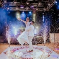 Estrutura para  festa Casamento - Palco, som, iluminação, pista de dança, dj.