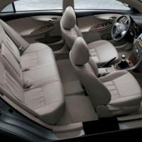 Espaço interno Toyota Corolla 2010