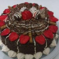 Torta fina de morango com chocolate!