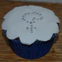 Cupcake decorado para primeira comunhão