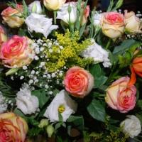 arranjos florais naturais e artificiais