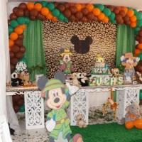 festa infantil completa c/ com 10 conj. mesas 750.00