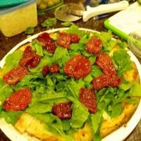 Rúcula com Tomate seco;