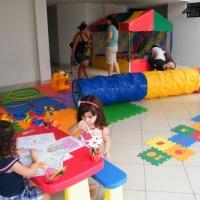Espaço Kids - Montamos um espaço em seu evento para os pequenos pintarem o sete com muita segurança