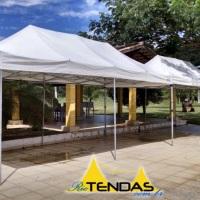 Tendas 6x3 juntas em evento particular. Acesse nosso site para mais fotos.